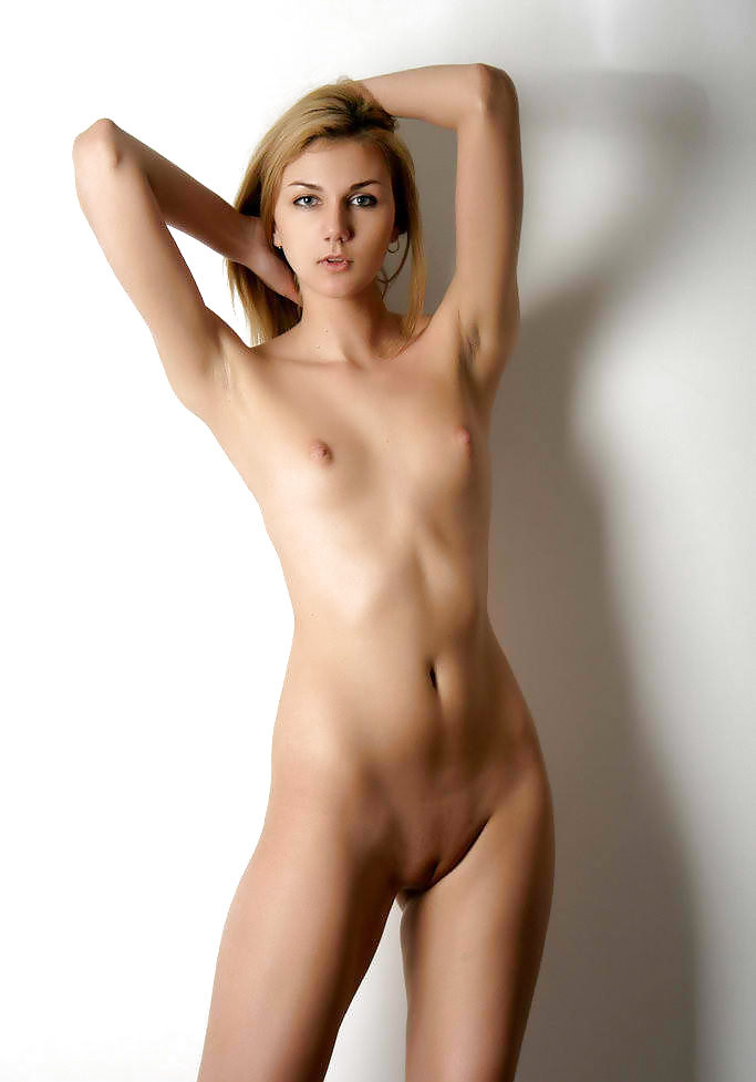 Teen Sex Galleries: Girls with extremly tiny tits - N. C.